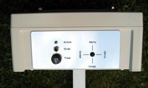 Sentinel 4 way ultrasonic cat bird pigeon fox badger repeller deterrent control panel base
